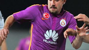 Aydın Yılmaz, Galatasaray'dan ayrılıyor