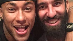 Arda Turan, Neymar'a misafir oldu!