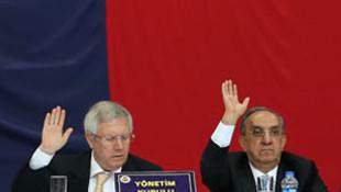 Fenerbahçe yönetimi ibra edildi !
