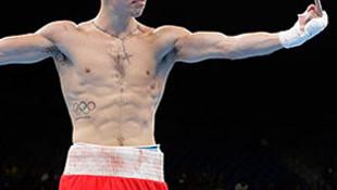 İrlandalı boksörden hakeme olay hareket