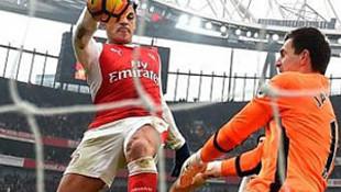 Arsenal'in Sanchez'i var