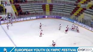 Rusya - Türkiye maçı olay oldu