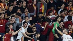 Dursun Özbek'ten şok karar ! Derbi öncesi Arena karıştı...