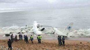 Fildişi Sahili'nde uçak düştü: Kurtulan yok