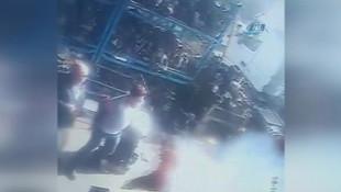 Patlama sonrası bir kişi alev aldı