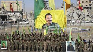 Skandal görüntü ! Rakka'da gövde gösterisi yaptılar
