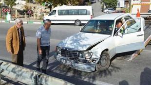 Eşref Kolçak kaza yaptı ! Trafikte yaş tartışması