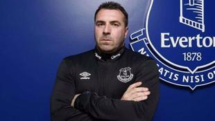 Everton, David Unsworth ile anlaştı