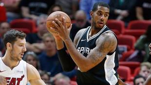 San Antonio Spurs'u kimse durduramıyor