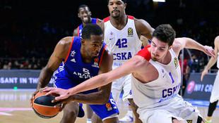 Anadolu Efes evinde CSKA'ya teslim oldu