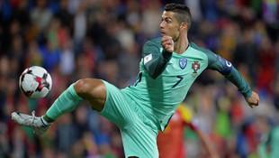 Portekiz'i Ronaldo sırtladı