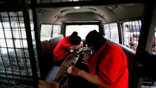 ''Gay spa''ya polis baskını; 51 gözaltı