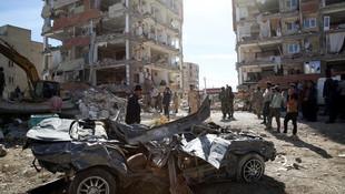 İran'da depremin bilançosu açıklandı