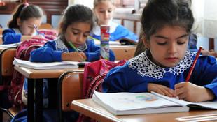 Milyonlarca öğrenciye ders saati müjdesi