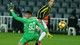 Avrupa'da manşetler Fenerbahçeli Soldado!
