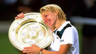 Eski tenisçi Jana Novotna hayatını kaybetti