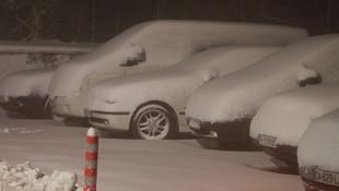 Ve kış kendini gösterdi ! Lapa lapa kar yağdı