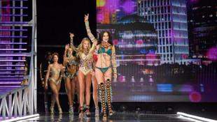 Victoria's Secret melekleri büyüledi !