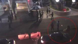 Profesöre cadde ortasında kan donduran infaz