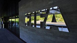FIFA'dan 3 isme ömür boyu ben !