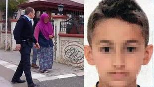 Annesini komşuyla yatakta yakalayan çocuk öldürüldü