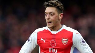 Mesut Özil'in yeni takımı Manchester United