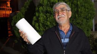 Sahte polisi ''kağıt havlu'' ile yakalattı