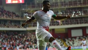 Samuel Eto'o attığı 43 golün 28'ini evinde attı