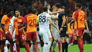 Galatasaray'ın maçında ortalığı karıştıran karar