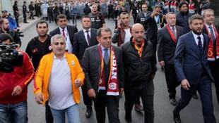 Dursun Özbek: Çok ağrıma gitti