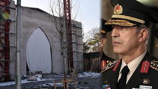 Genelkurmay Başkanı Akar'dan memleketine cami