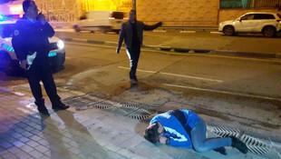 Polislerin zor anları ! Hüngür hüngür ağladı