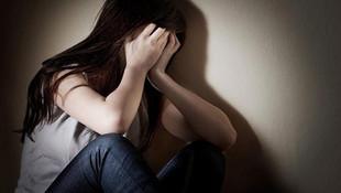 Matematik öğretmeni 2 kız öğrenciyi tacizden tutuklandı