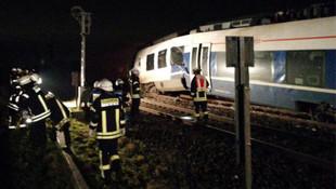 Almanya'da tren kazası... Çok sayıda yaralı var !