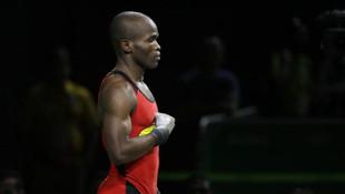 Olimpik sporcu barda öldürüldü !