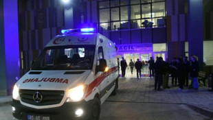Van'da AK Partili Başkanın aracına saldırı: 1 şehit