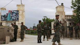 Askeri üsse saldırı: 140 asker öldü