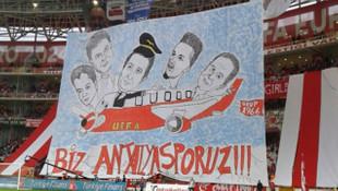 Antalyaspor tribünlerinde UEFA mesajı