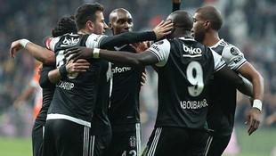 Beşiktaş 1 - 0 Adanaspor / Maç devam ediyor