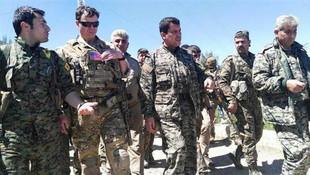 ABD askerleri ile PKK'lı teröristlerin fotoğrafına açıklama geldi