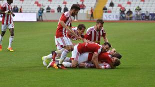 Sivasspor'dan kritik galibiyet