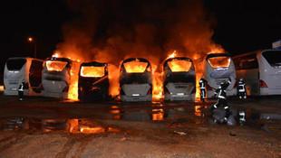 Bursa'da 6 otobüs kül oldu