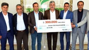 Evkur Yeni Malatyaspor'a 300 bin liralık destek