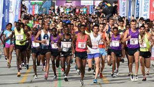 İstanbul Yarı Maratonu'nda zafer Afrikalıların !