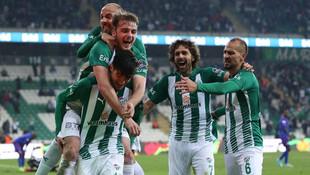 Bursaspor Karabük'ü dağıttı !