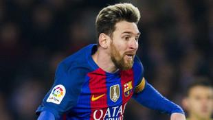 Messi sözleşme yeniliyor