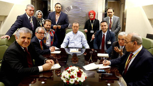 Erdoğan'ın uçağına hangi gazeteci, kaç kez bindi ?