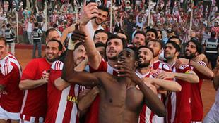 Sivasspor sadece 1 hafta lider kalıp şampiyon oldu