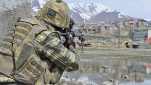 Tunceli'de el yapımı patlayıcı infilak etti: 2 asker yaralı