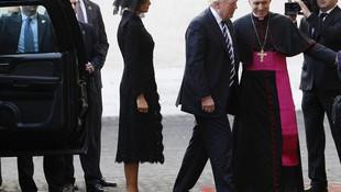Suudi Arabistan'da başını açtı; Vatikan'da kapattı...
